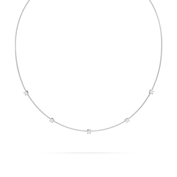 Single Unity Necklace With 5 Diamonds